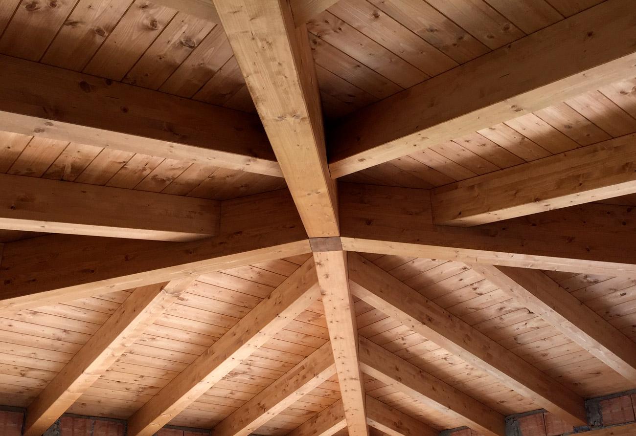 Trovatek: Tetti in legno